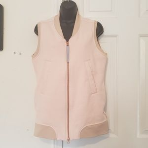 Lululemon Pink Vest with Polka Dots Size 4 MINT